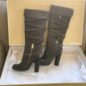 Michael Kors Greenwich belted leather boots